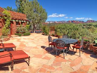 7 Acre Historic Estate with Pool, Hot Tub & Views, Sedona