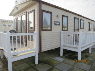 Hopton Water Ways 80006 decking with a sea view., Hopton on Sea