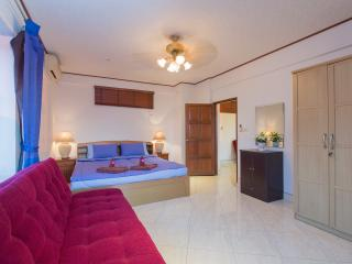 Apartment F-Sea View 1 Bedroom for 6, Patong