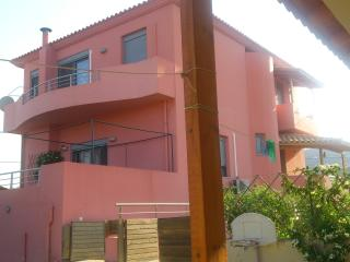 FANTASTIC VILLA NEAR HERAKLION AND BEACH, Héraklion