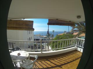 Cozy Apartment with Superb View, Los Cristianos
