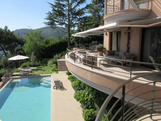 amazing new luxurious villa heated pool 8 pers, Cannes