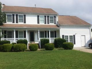 Awesome Family Home In Chesapeake