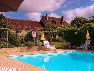 Le Jasmin beautiful french cottage for 4 people, Puybrun