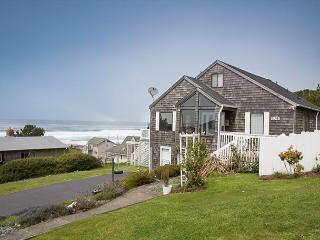 Ocean View Home in Road's End, Great Amenities, Easy Beach Access Nearby, Lincoln City