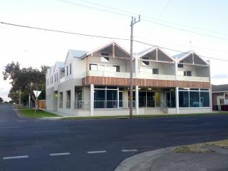 Barwon Heads Central Townhouse