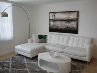 MODERN WATERFRONT 3BR/2BA SUITE FOR 7, Miami Beach