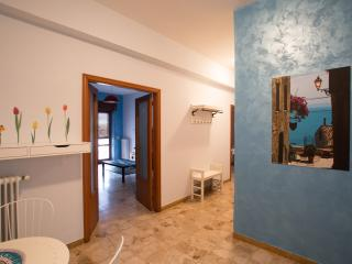 Furnished apartment 500 meters from the sea (30), Grottammare