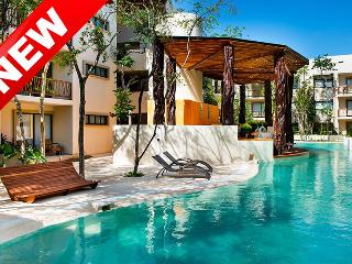 NEW Luxurious 3 Bed Penthouse Rooftop + Jacuzzi, Tulum