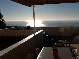 SPECIAL OFFER: Seafront; freeWIFI;; golf nearby, Gran Alacant