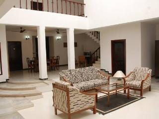 A spacious independent house with a courtyard, Chennai (Madras)