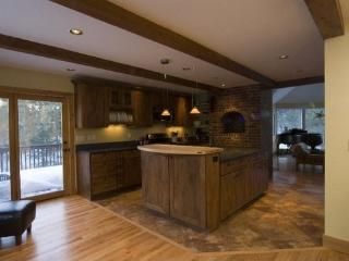 Luxury Close-In Boulder Home *Minutes to Downtown