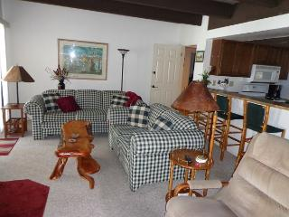Great Condo in Pinetop Country Club Sports Village, Pinetop-Lakeside