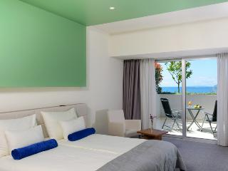 Hotel Split**** Double terrace room with sea view, Podstrana