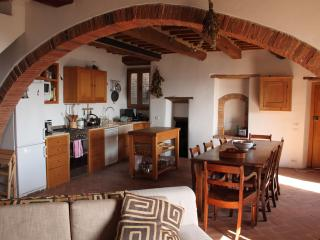 Charming 2 Bedroom House in Tuscany, Campagnatico