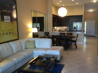 Stonebridge Club Condo (includes golf and tennis), Naples