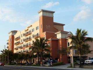 Madeira Bay Resort Condo 305, Madeira Beach