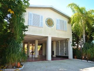 157 Ojibway Ave - 28 NIGHT MINIMUM, Islamorada