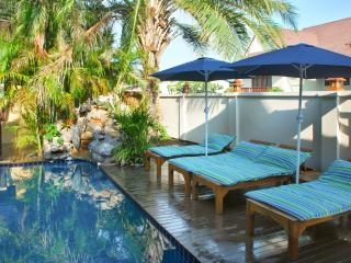 """Villa Baan Sansabai"" – 3-bedroom house in Pattaya, Thailand, with air con, WiFi and private pool, Jomtien Beach"