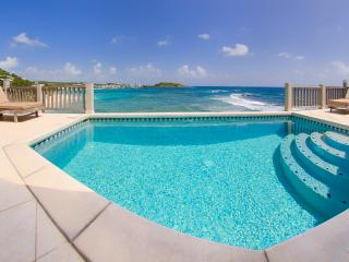 BEACHHOUSE GIANNA DAWN BEACH-DIRECT ACCESS TO SEA, Sint Maarten