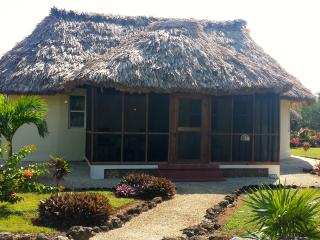 Luxury Beachfront Casita in Orchid Bay, Belize, Corozal Town