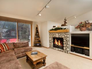 Snowcreek V 976 - Luxury Mammoth Townhome, Mammoth Lakes