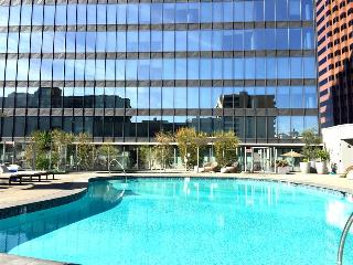 Spacious Furnished 2-BR Suite in Downtown LA, Los Angeles