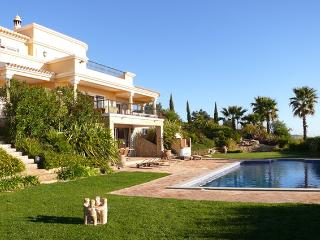 Private and Spacious Villa in Algarve  - Casa Marim, Loule