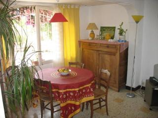 1 km sea apartment 52 m2 2 rooms for 4 pers floor, Antibes