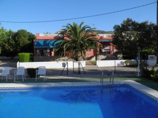 Nice chalet near the sea with swimming pool, Alcossebre