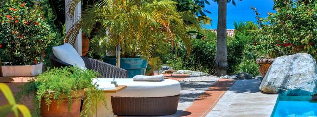 SPECIAL OFFER: St. Martin Villa 309 The Wide Open Design Of This Spacious 3 Bedroom Villa Is In Complete Harmony With Its Natural Setting., Terres Basses