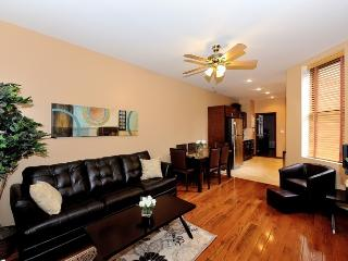 Oversized Chelsea 3 bed 2 bath, New York City