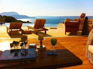 Alinea View, Luxury villa with private pool, Plaka