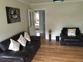 West End 2 bedroom apartment, Glasgow