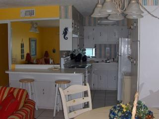 Awesome Condo on the Water Panama City Beach