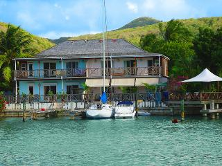 Jolly Lodge Antigua, Jolly Harbour