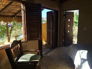 Ocean View Pet Friendly Private Bungalows and Pool, San Jose del Cabo