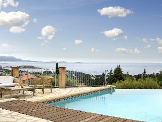 83.665 - Villa with panora..., Bandol
