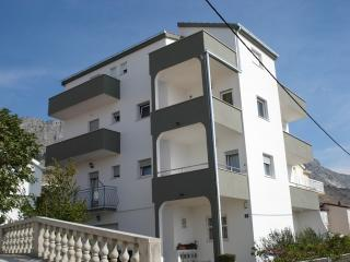 CR 60 - Apartment 5, Dugi Rat