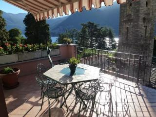 Wonderful apartment with lake view, Moltrasio