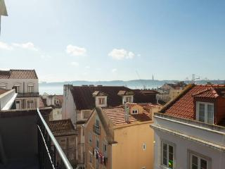 Quirky Old Lisbon 2Bedroom Apart #5