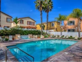 Beautiful Home with Pool near beaches and canyons, Aliso Viejo