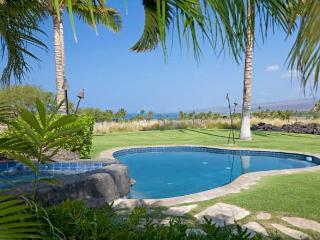 Incredible Townhouse Inside Mauna Kea Resort!, Waimea