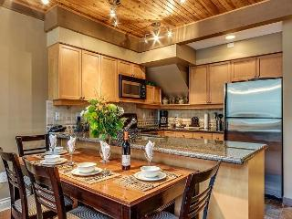Acer Vacations | Greystone Lodge Luxury Ski-in Ski-Out Whistler Accommodation