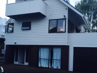 Small Double Room, Auckland