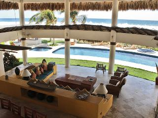 The nicest beach house., Puerto Escondido