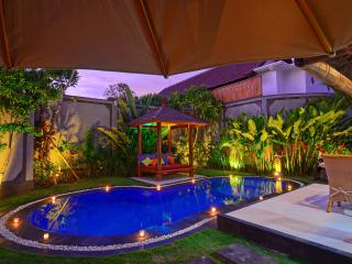 VILLA KIBBI - No1 Beach Location Seminyak - LUXURY