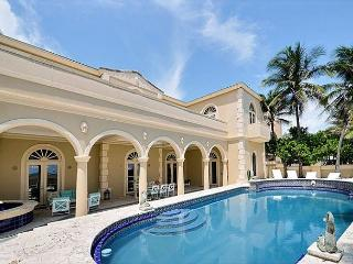 Luxury Beach House on the sand!, Fort Lauderdale