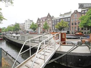 Mike Houseboat, Amsterdam