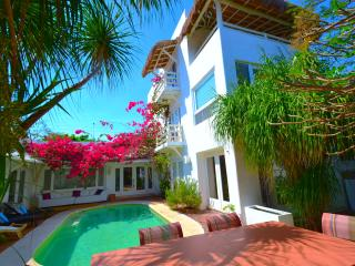 Villa L.A only few steps to the turquoise blue sea, Playa del Carmen
